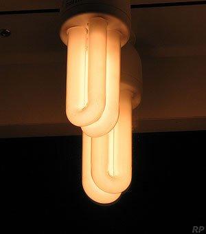 2 Lampade Fluorescenti a Risparmio Energetico