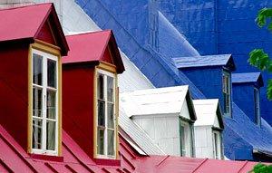 Tetti in Legno Colorati, Bianco Rosso e Blu