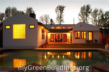 Ristrutturazione Casa Energia Zero: Retrofit Energetico di Case Esistenti a Los Angeles