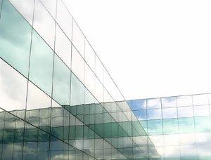 Infissi e serramenti energeticamente efficienti come scegliere il tipo di vetro - Pellicola riflettente per finestre ...