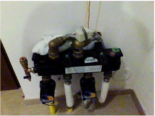 Collettore-impianto-a-pannelli-radianti